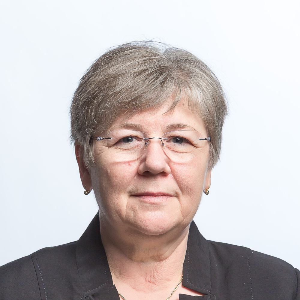 Schmidtné dr. Németh Mária