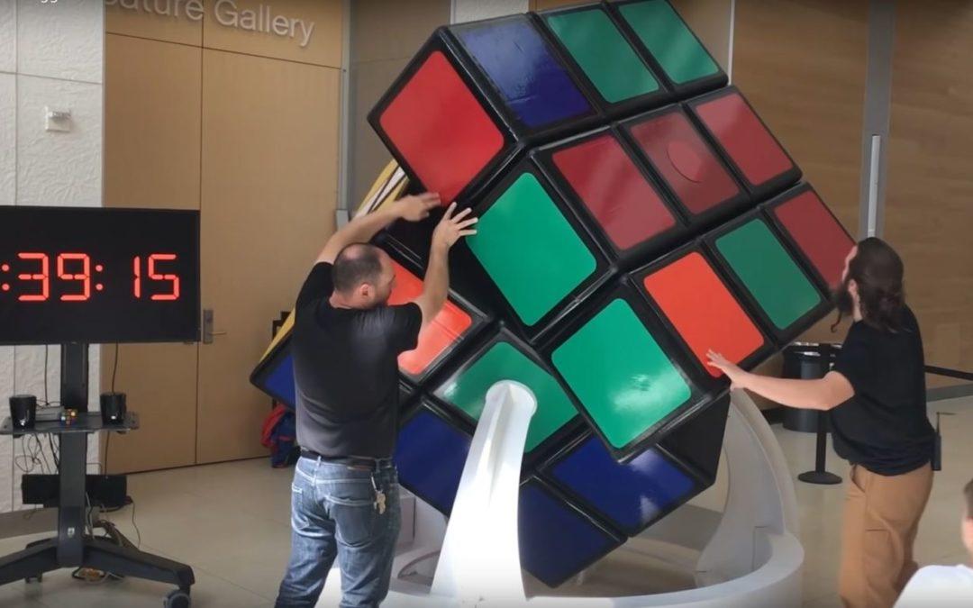 Rubik kocka - Világszenzáció a különleges méret